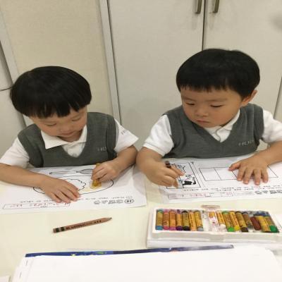 今日のワークは〜?《大阪市中央区心斎橋、長堀橋にある保育園》