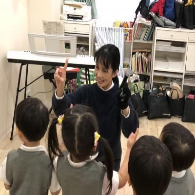 みんな大好きリトミック♪《大阪市中央区、長堀橋、心斎橋にある保育園》