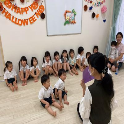 木曜日のカリキュラムはリトミックです!《大阪市中央区、心斎橋、長堀橋にある学べる保育園》どりゅ