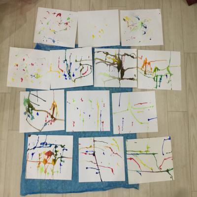 水曜日のカリキュラムは書道、絵画です!《大阪市中央区心斎橋、長堀橋にある学べる保育園HUGキッズ》