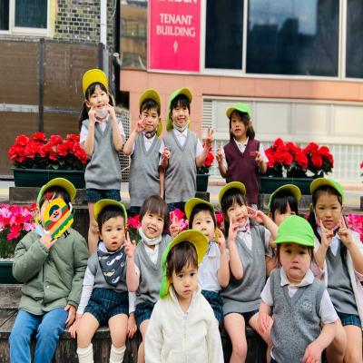 おさんぽへ行きました♪ 《大阪市中央区心斎橋、長堀橋にある学べる保育園HUGキッズ》