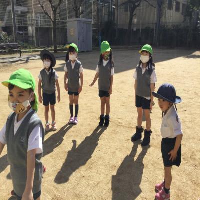 公園に行きました♪ 《大阪市中央区心斎橋、長堀橋にある学べる保育園HUGキッズ》