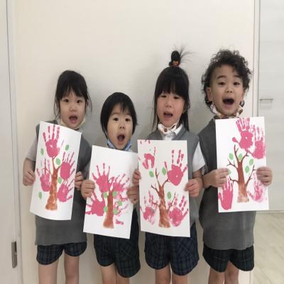 火曜日のカリキュラムはクラフトです!《大阪市中央区長堀橋、心斎橋にある学べる保育園》