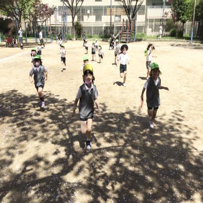 ♪シャボン玉とかけっこ♪《大阪市中央区長堀橋,心斎橋にある学べる保育園》