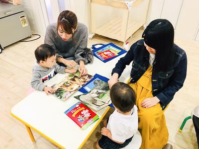 0.1.2.歳のお教室、プティHUG!《大阪市中央区心斎橋、長堀橋にある保育園》