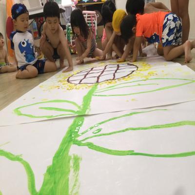 大型絵画に挑戦!!!《大阪市中央区心斎橋、長堀橋にある保育園》